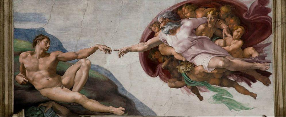 Foto: 'La creación de Adán', de Miguel Ángel, en la Capilla Sixtina, con el Creador a punto de tocarlo con un dedo para darle la vida.