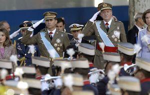 Defensa intenta conjugar a dos reyes en la Fiesta Nacional