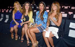 Las 'novias' del Barça hacen equipo en un desfile nupcial