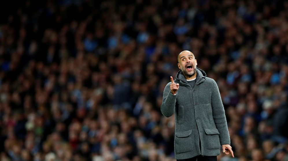Foto: Pep Guardiola dando instrucciones a los suyos. (Reuters)