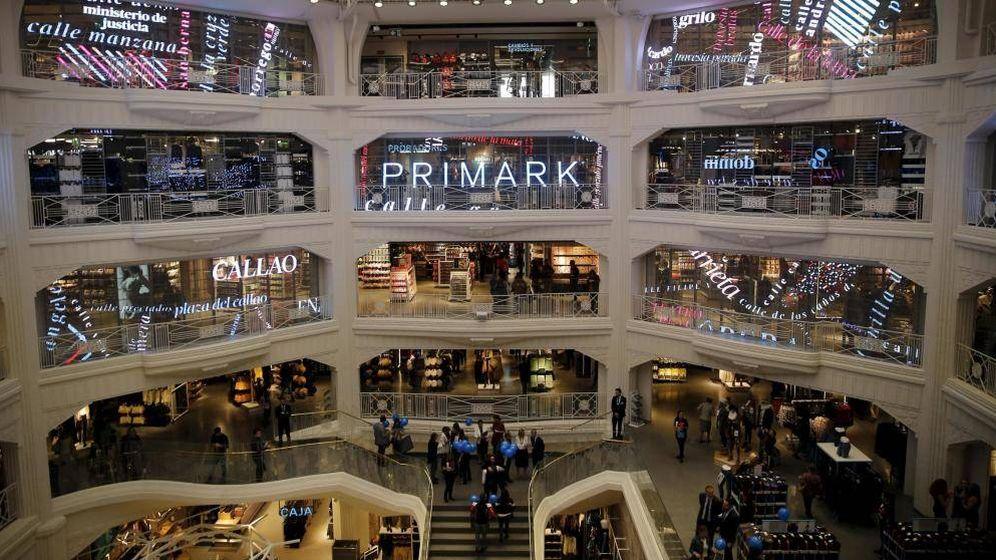 Foto: Imagen del interior del Primark de la Gran Vía de Madrid. (EFE)