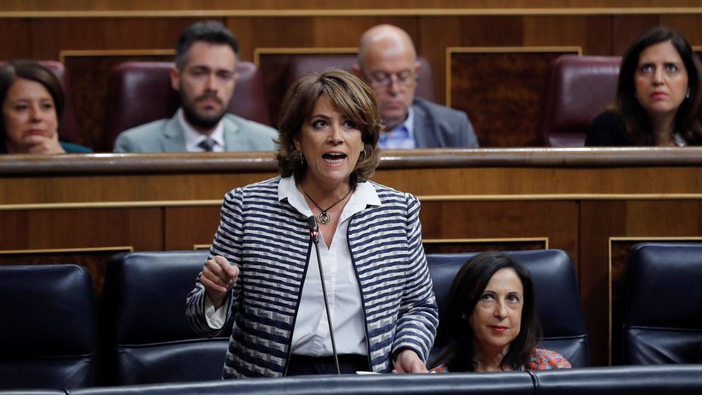 La ministra de Justicia reconoce ahora al menos tres encuentros con Villarejo