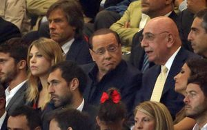 Berlusconi deja por mentiroso a Ancelotti: Nos aconsejó a Diego