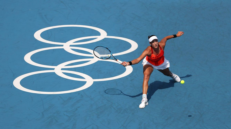 Foto: Garbiñe Muguruza durante el partido contra la rusa Veronika Kudermetova. (Getty)