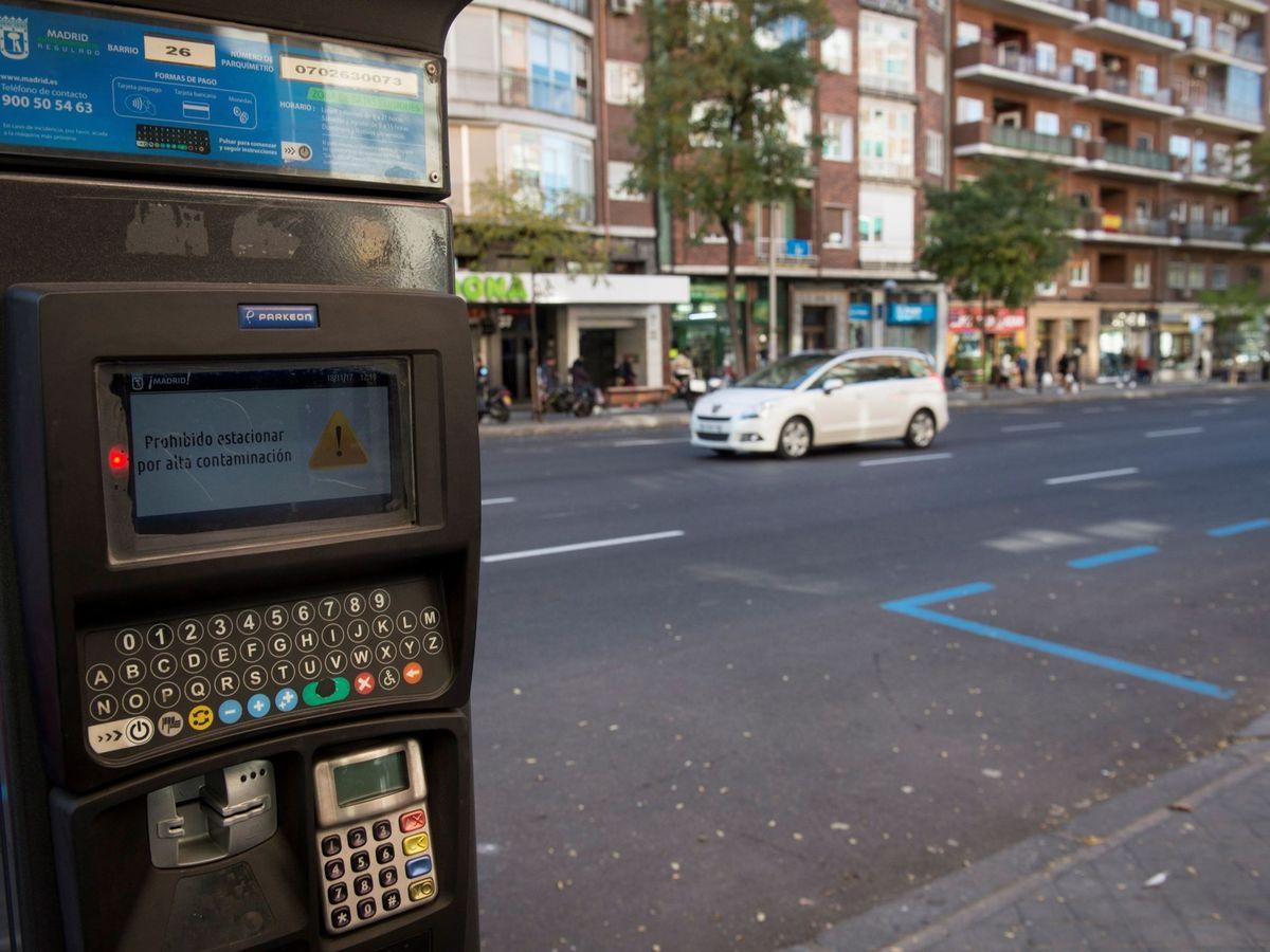 Foto: Zona de Servicio de Estacionamiento Regulado (SER) de Madrid (EFE)
