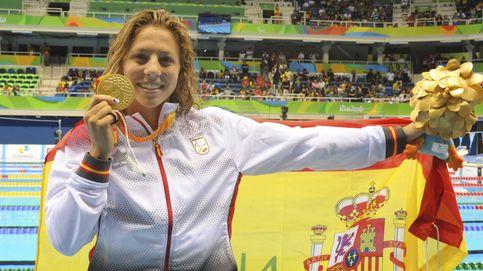 Nuria Marqués se cuelga la medalla de oro en los 400 metros libres