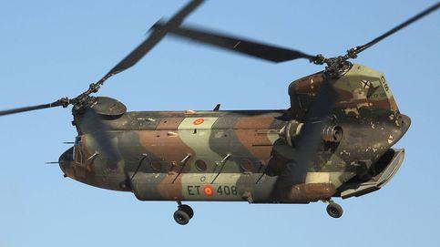 A los mandos de un Chinook: así es volar en uno de los helicópteros más gigantescos