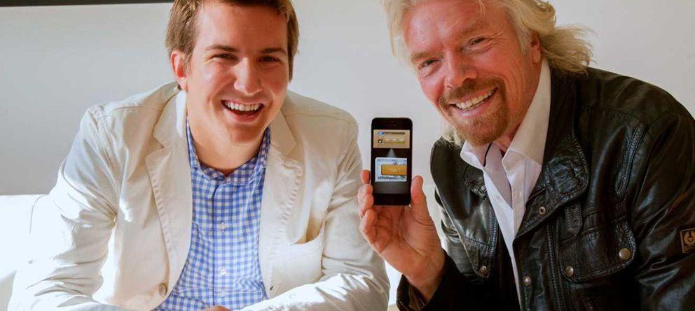 Foto: Lucas Duplan junto a Richard Branson, fundador de Virgin