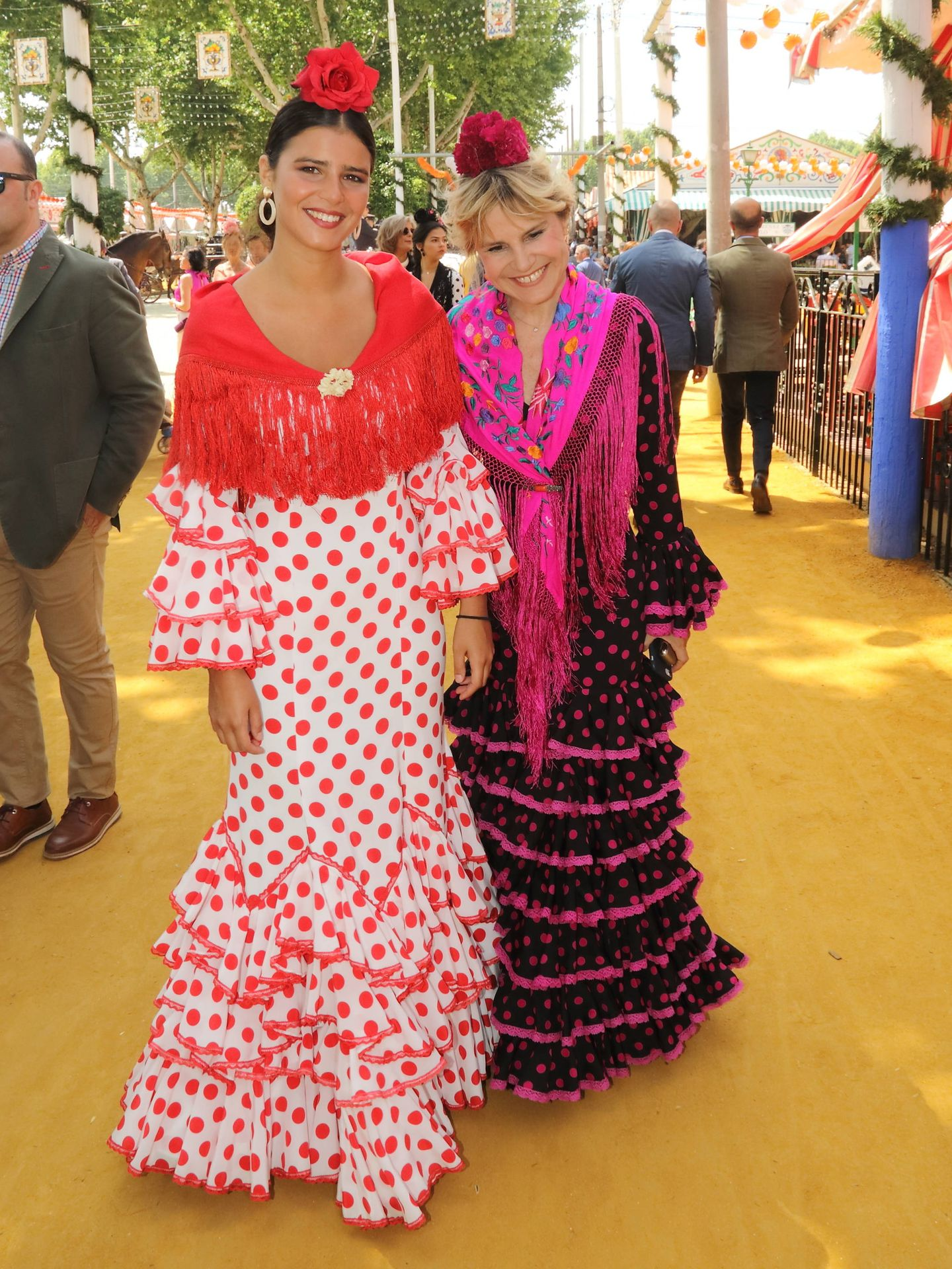 Tana Rivera y Eugenia Martínez de Irujo. (Lagencia Grosby)