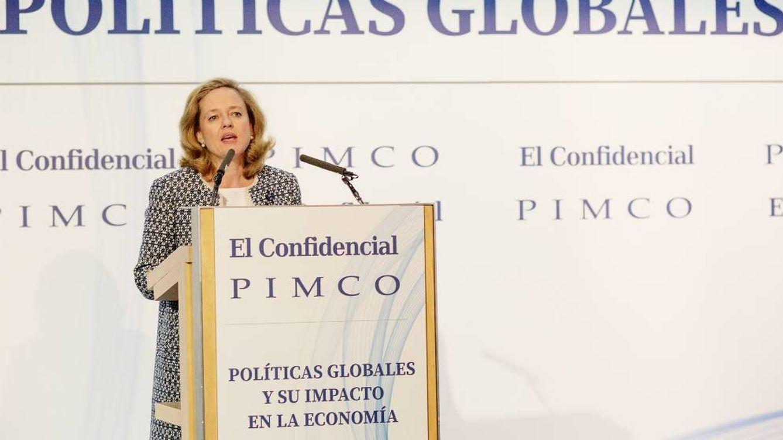 Foto: La ministra de Economía, Nadia Calviño, interviene en el V Foro El Confidencial-Pimco.