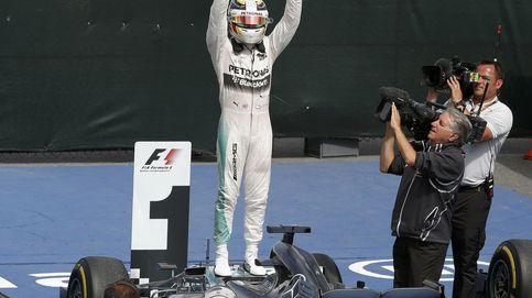 Mercedes y Ferrari, jugando el uno con el otro al gato y al ratón