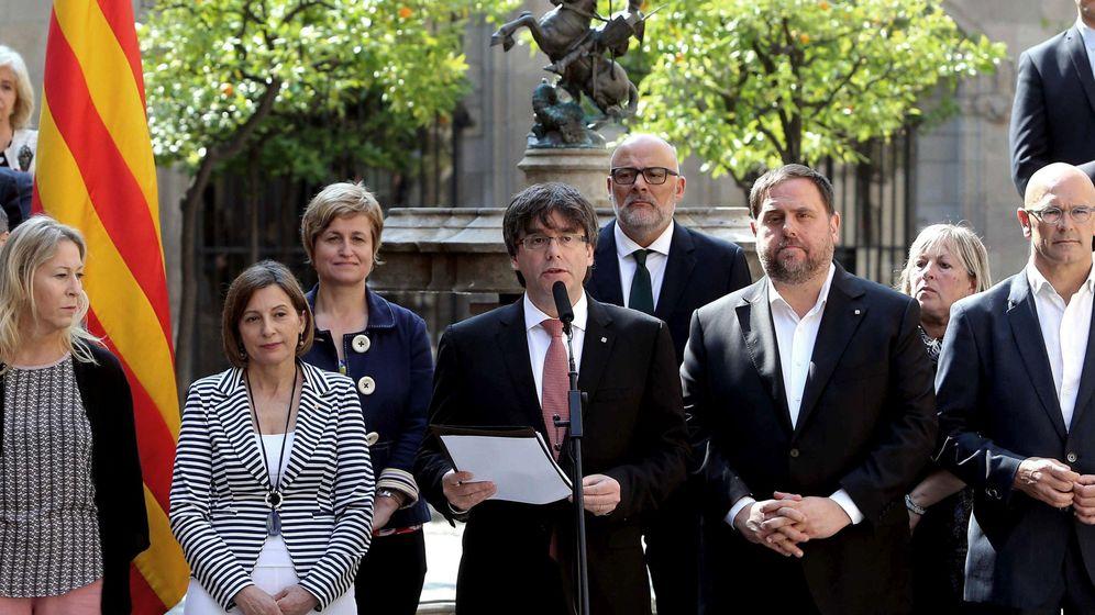 Foto: El presidente de la Generalitat, Carles Puigdemont, anuncia la fecha del referéndum. (EFE)
