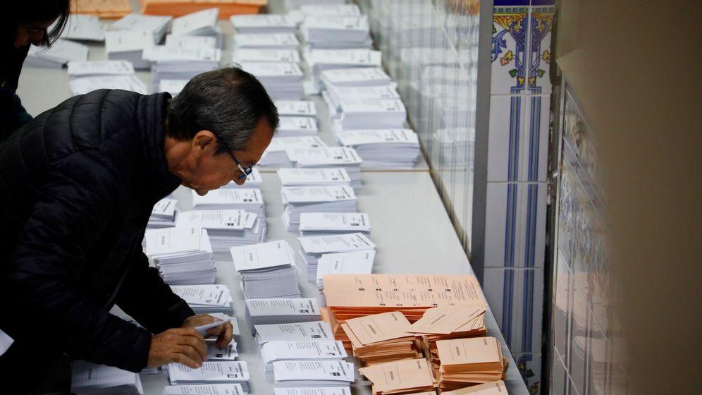 Foto: Más de 6,5 millones de electores están citados hoy a las urnas en andalucía