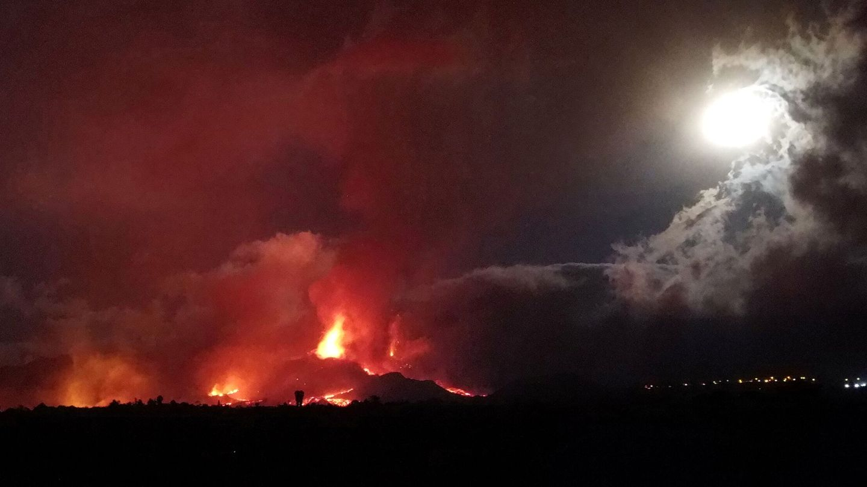 Erupción. (Reuters)