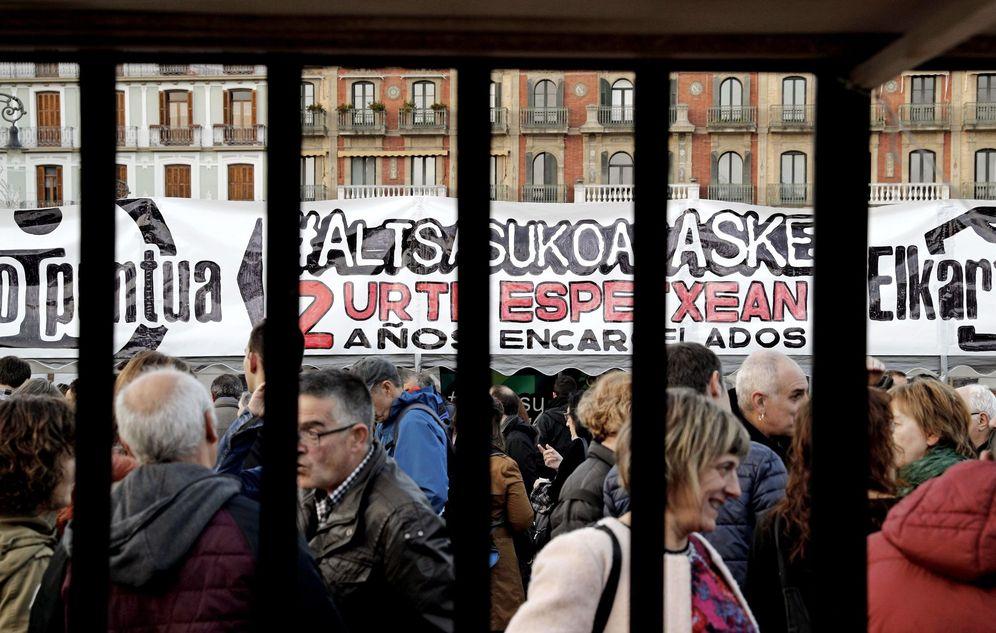 Foto: Acto en apoyo a los condenados por la agresión de Alsasua. (EFE)