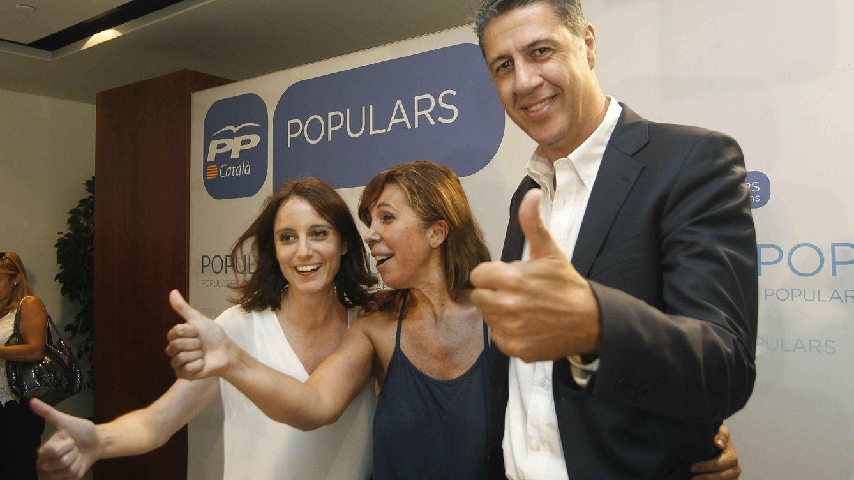 El PP gira a la derecha en Cataluña por la debacle en los sondeos y el temor a C's