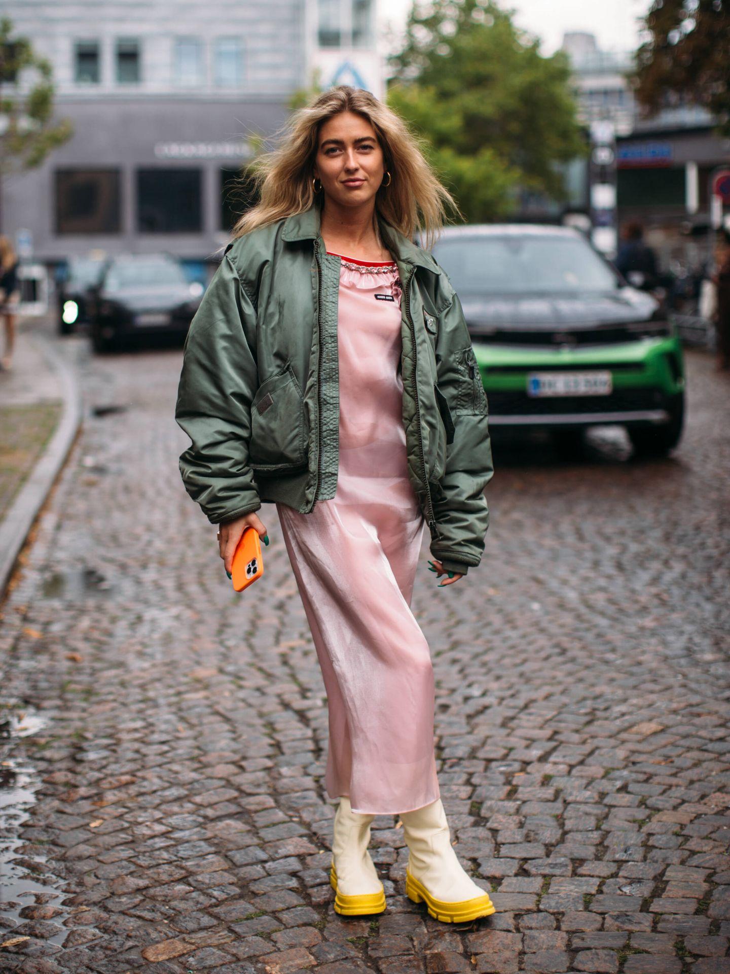 La danesa Emili Sindlev, con una bomber. (Imaxtree)