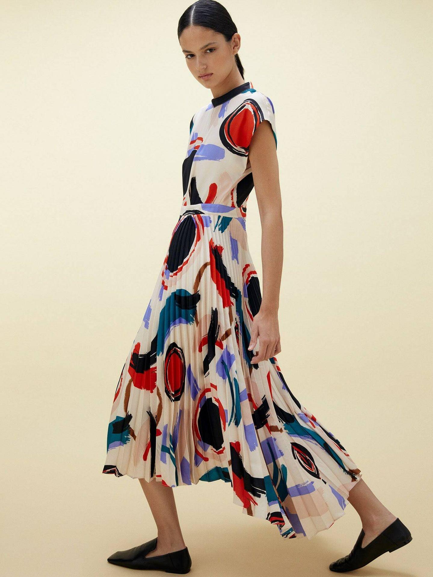 Un nuevo vestido low cost de Sfera. (Cortesía)