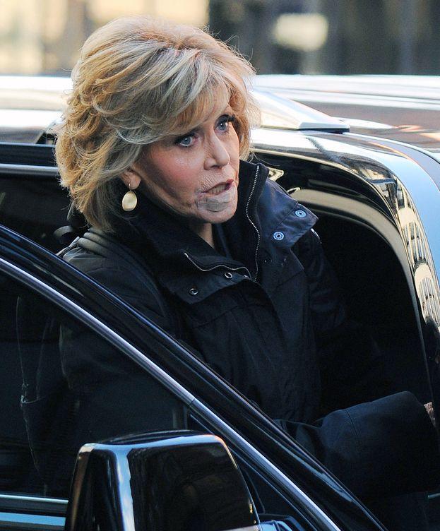 Foto: La actriz Jane Fonda con el vendaje que cubre la herida de su operación de cáncer. (Gtres)