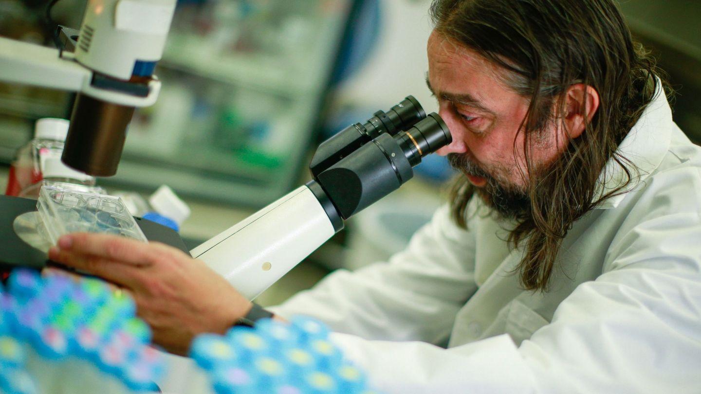 El biólogo y experto en enfermedades infecciosas Adolfo García-Sastre. El virólogo español busca una vacuna para el covid-19 en el centro Mount Sinai de Nueva York. (EFE)