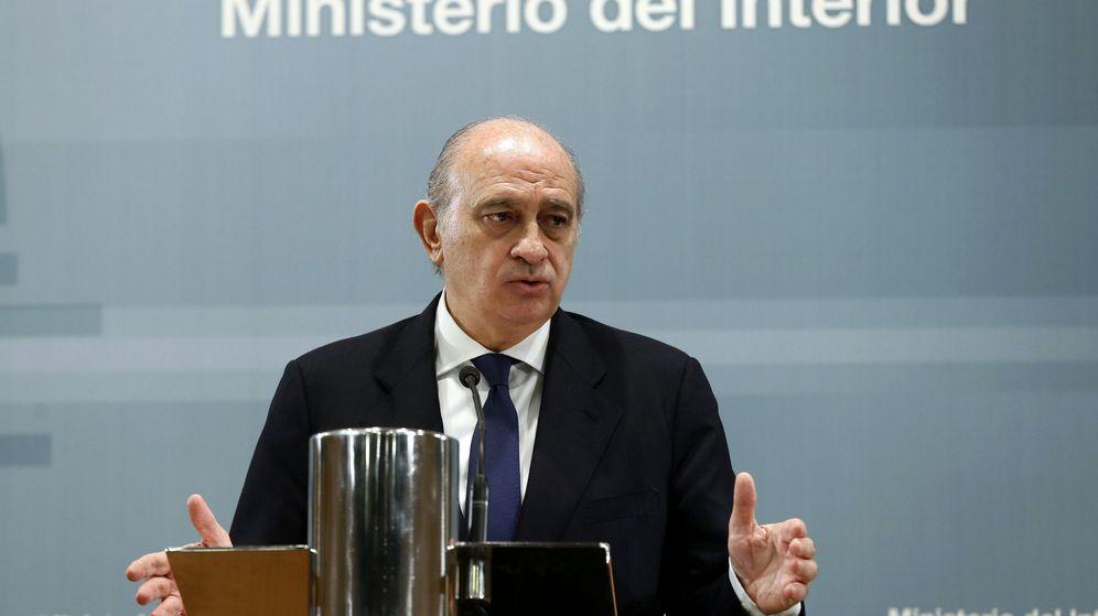 Foto: El ministro de Interior en funciones, Jorge Fernández Díaz, en una rueda de prensa. (EFE)