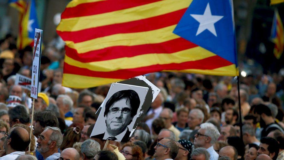 Los cachorros de Puigdemont cambian de opinión y reclaman un ejército para Cataluña