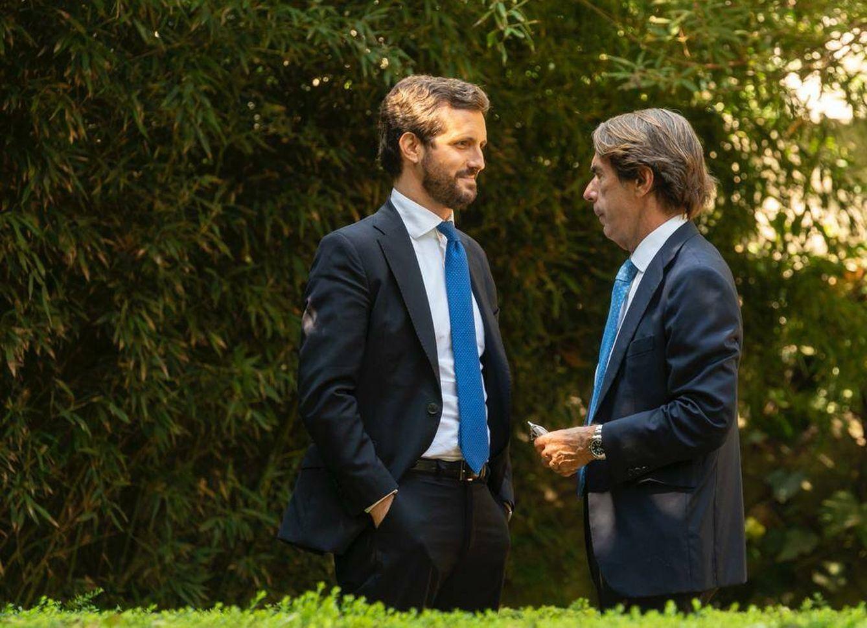Foto: Pablo Casado y José María Aznar. (David Mudarra)