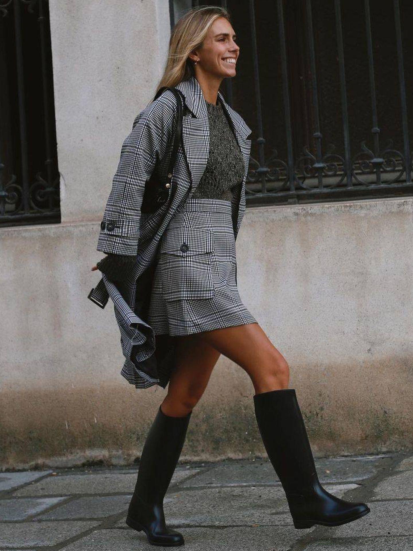 Lucía Barcena se apunta a la moda de las botas de equitación de Decathlon. (Instagram, @luciabarcena)