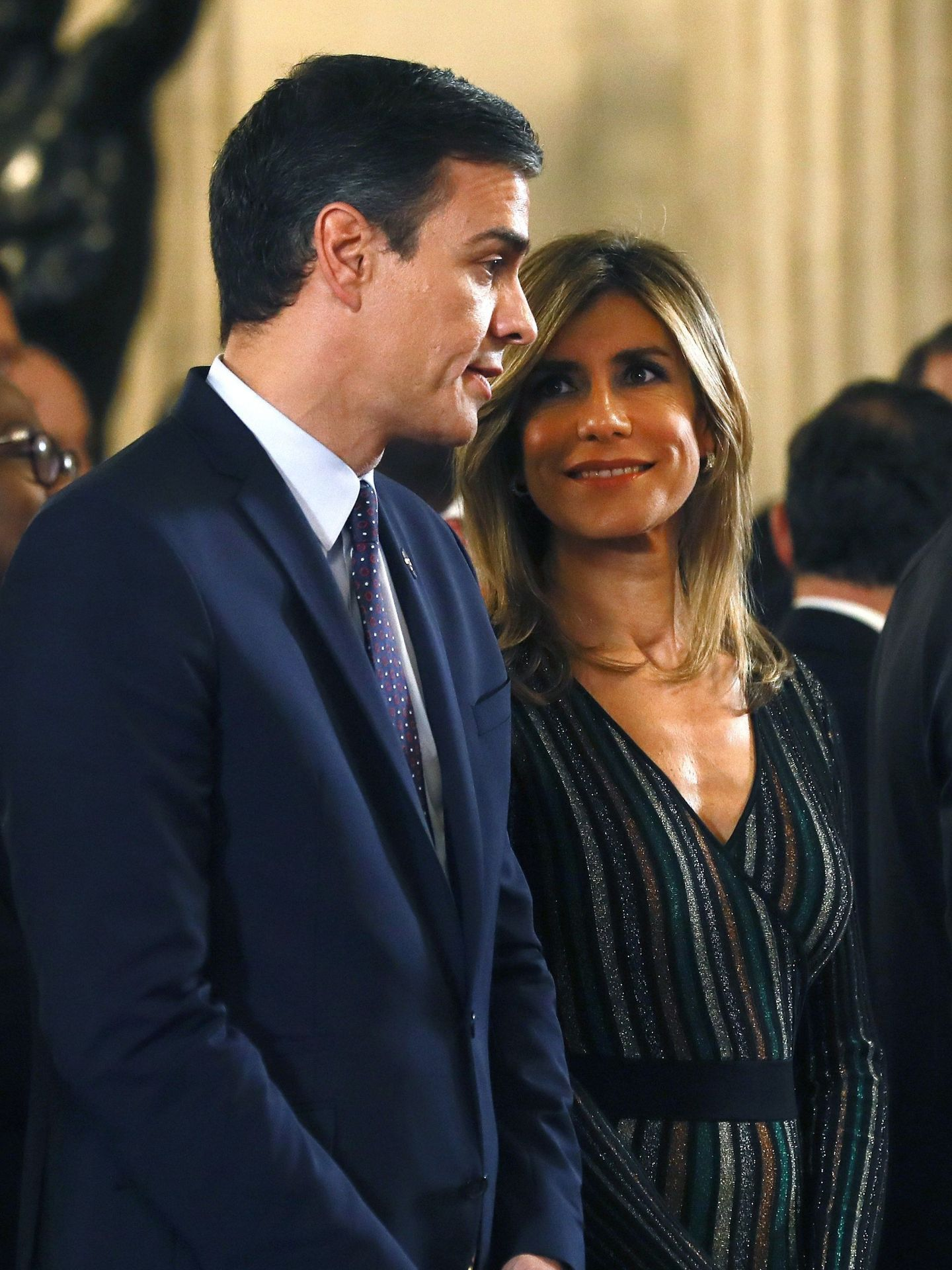 Pedro Sánchez y su mujer, Begoña Gómez. (EFE)
