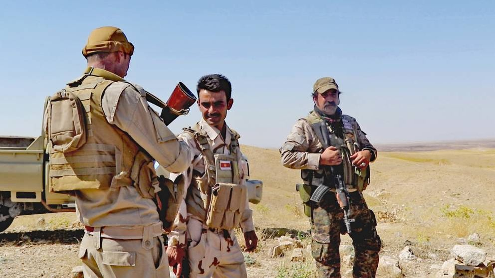 Españoles por las montañas de Sinyar a la caza de yihadistas