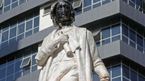 Intentan tumbar un monumento de Colón en Bolivia