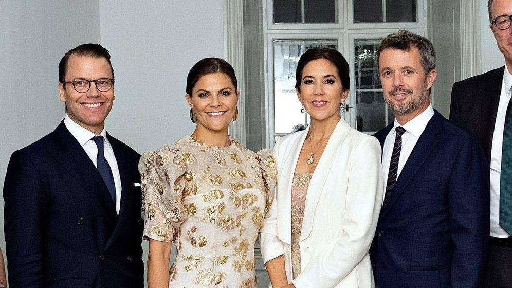 Foto: Los príncipes de Dinamarca y Suecia, este martes en Copenhague. (EFE)