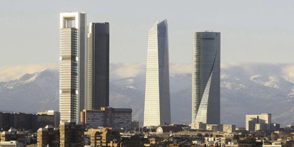 Bankia deja para el banco malo el rascacielos fara nico for Pisos de bancos bankia