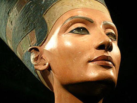 egipto-reclama-a-nefertiti-la-extranjera-ilegal-mas-preciada-de-berlin.jpg