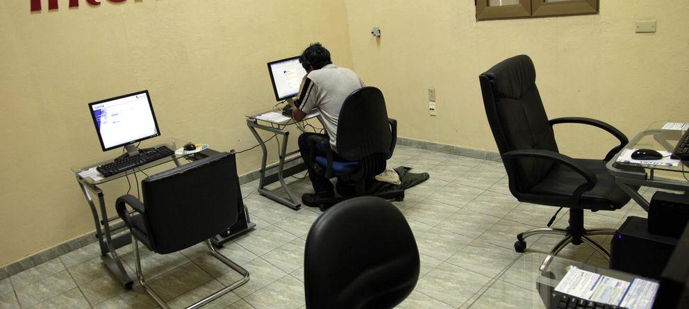 Foto: La reforma permite, por primera vez en un país occidental, atenazar el libre flujo de información en internet. (Reuters)