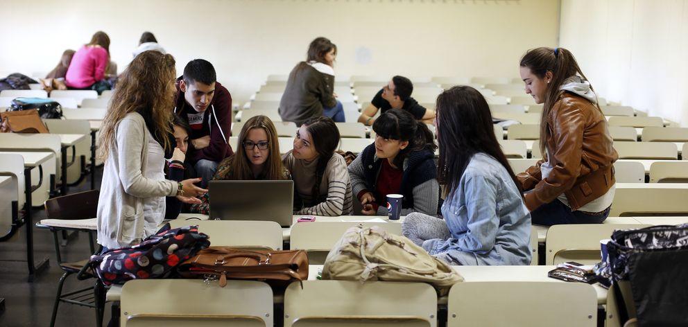 Foto: Encontrar una salida laboral es una de las mayores preocupaciones de los universitarios. (Reuters)