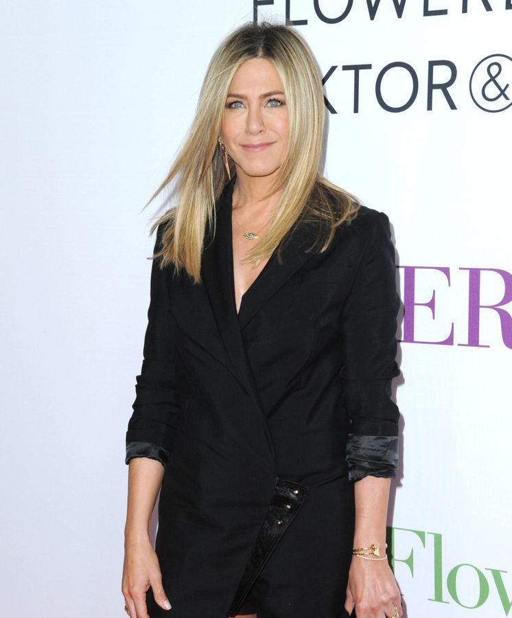 Foto: Jennifer Aniston, una mujer con pelazo. (Foto: Gtres)