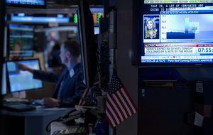 Wall Street cierra octubre en positivo a pesar de la Fed