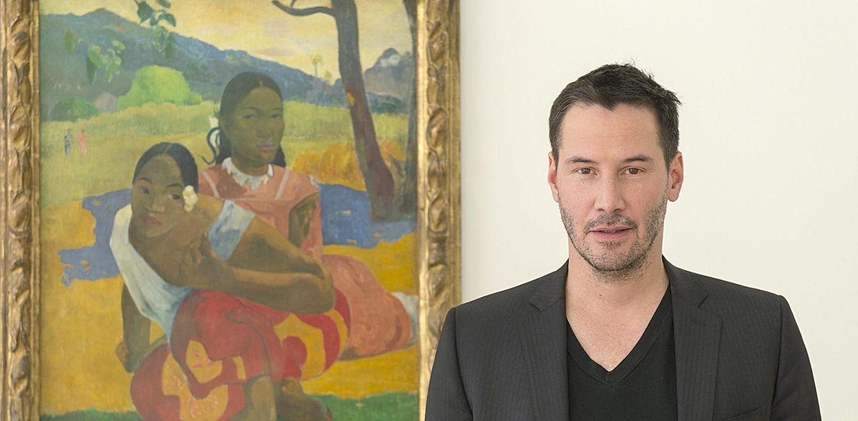Foto: El actor Keanu Reeves posa el pasado febrero junto a 'Nafea faa ipoipo', de Gauguin, en Riehen (Suiza). (EFE)