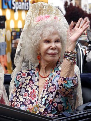 Foto: La Duquesa de Alba procede al reparto adelantado de su herencia