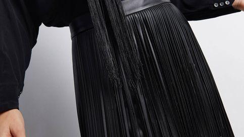 No dejes escapar esta falda de flecos de Sfera porque es sencillamente maravillosa