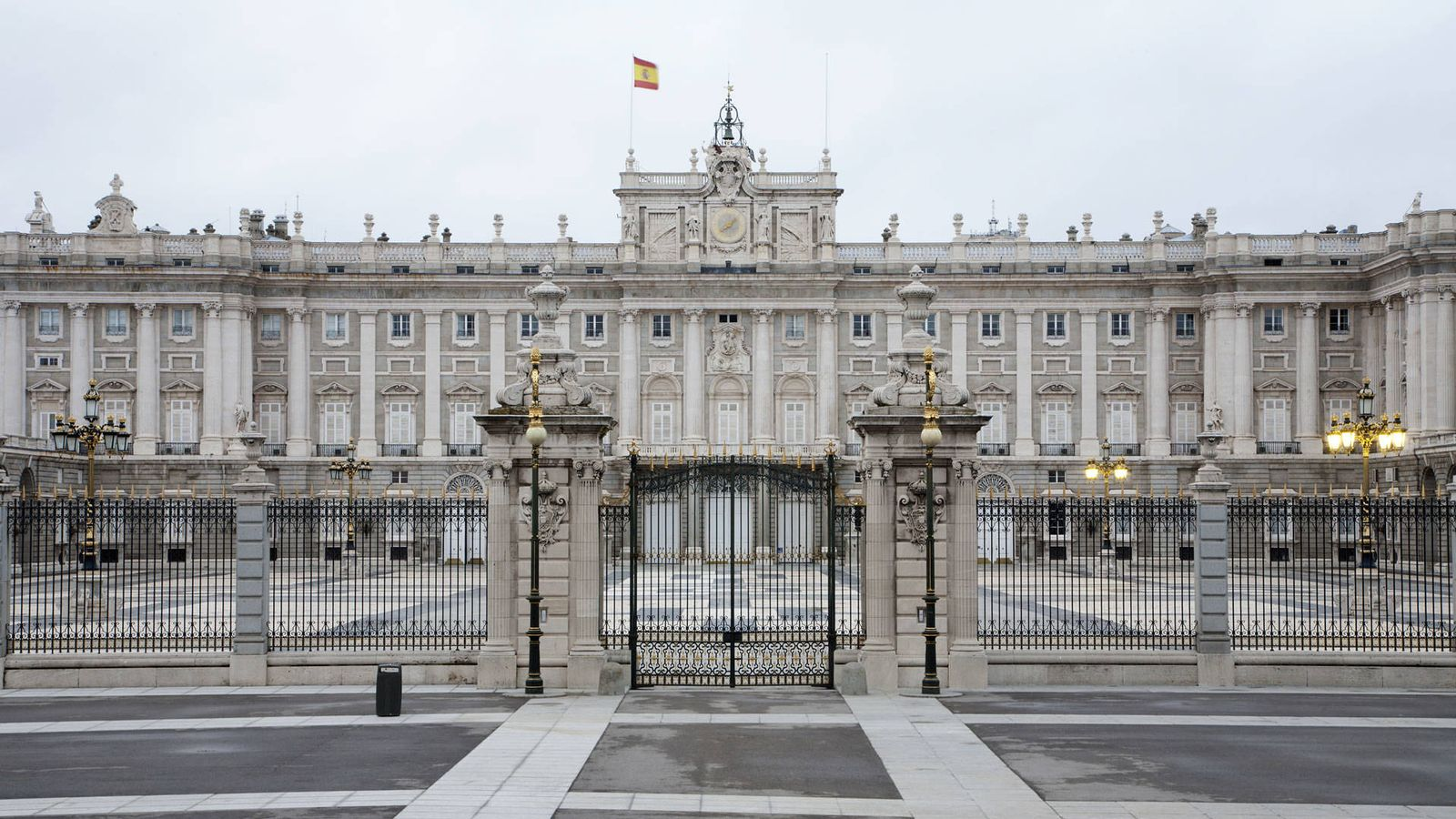 Resultado de imagen de palacio real madrid