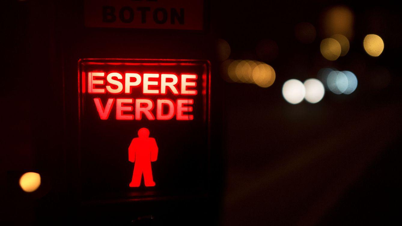Foto: ¿Funcionan de verdad los 'Peatón pulse'? La respuesta parece estar a medio camino entre el escepticismo y la leyenda urbana. Foto: Julen Landa (Flickr).