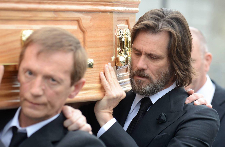 Foto: Jim Carrey en el funeral de Cathriona