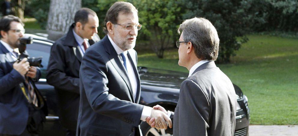 Mas recibe a Rajoy en el Foro Mediterráneo.