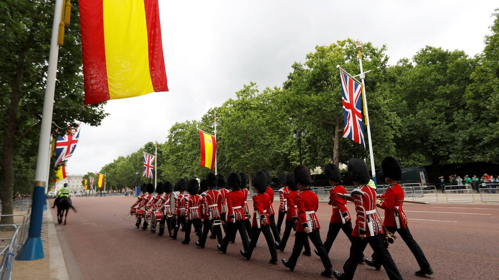 Foto: Recibimiento en Londres a los reyes Felipe y Leticia. (Reuters)