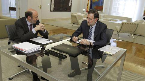 Rubalcaba 'destroza' la recuperación de Rajoy: La crisis es la coartada del PP