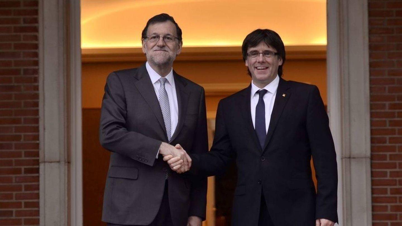 Rajoy y Puigdemont durante su última visita a Moncloa (EFE)