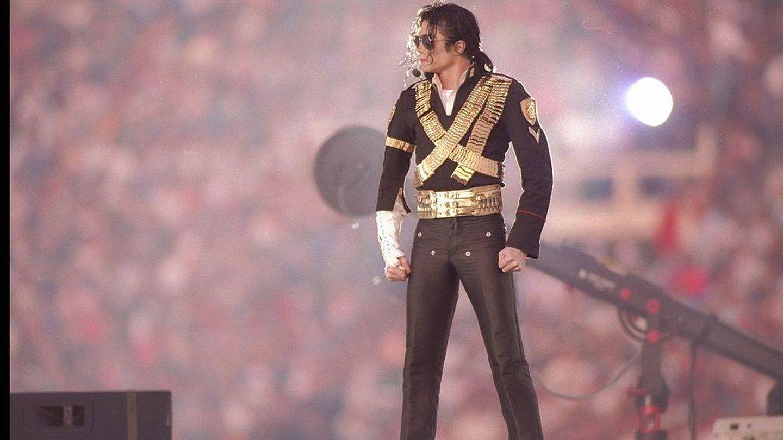 Michael Jackson, en la Super Bowl. (Getty)