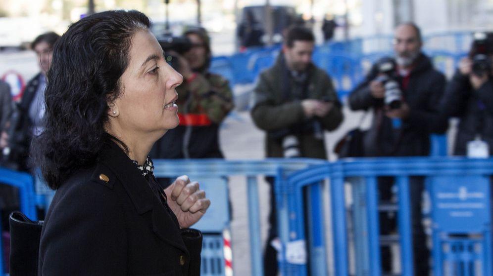 Foto: La abogada del Estado Dolores Ripoll, a su salida del juicio. (EFE)